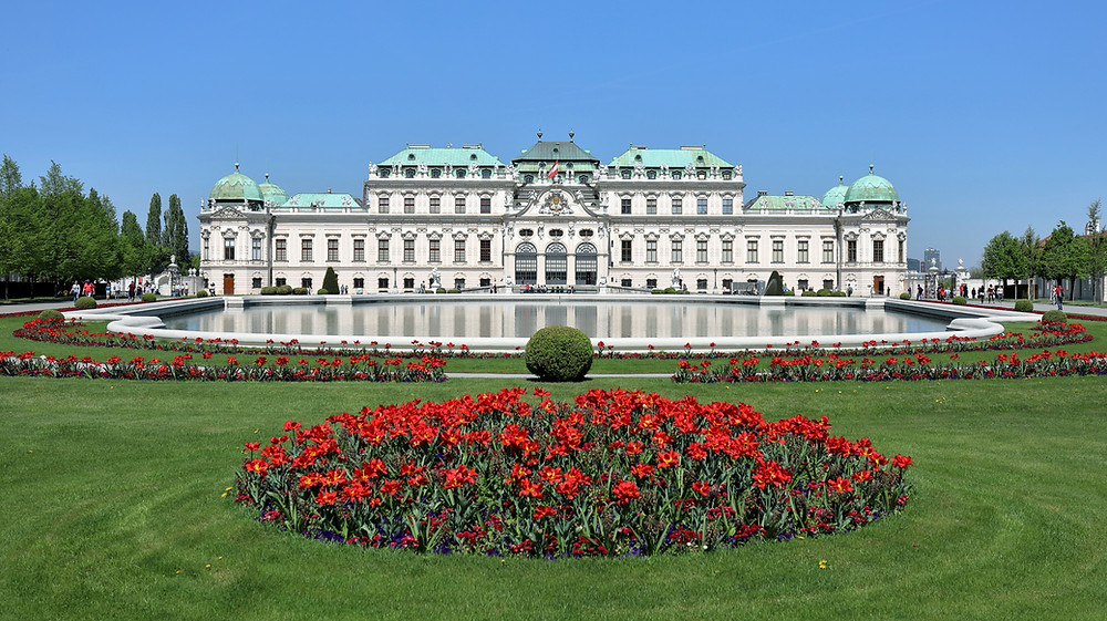the gorgeous Belvedere Palace, an unmissable site in Vienna