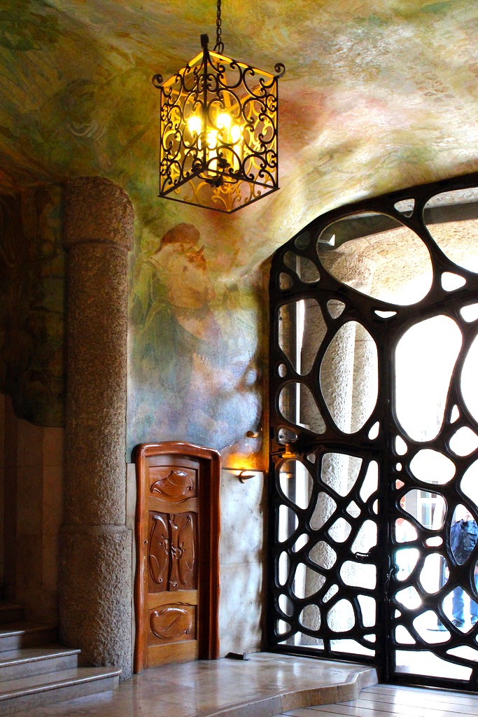 the butterfly-like wrought iron entrance to La Pedrera