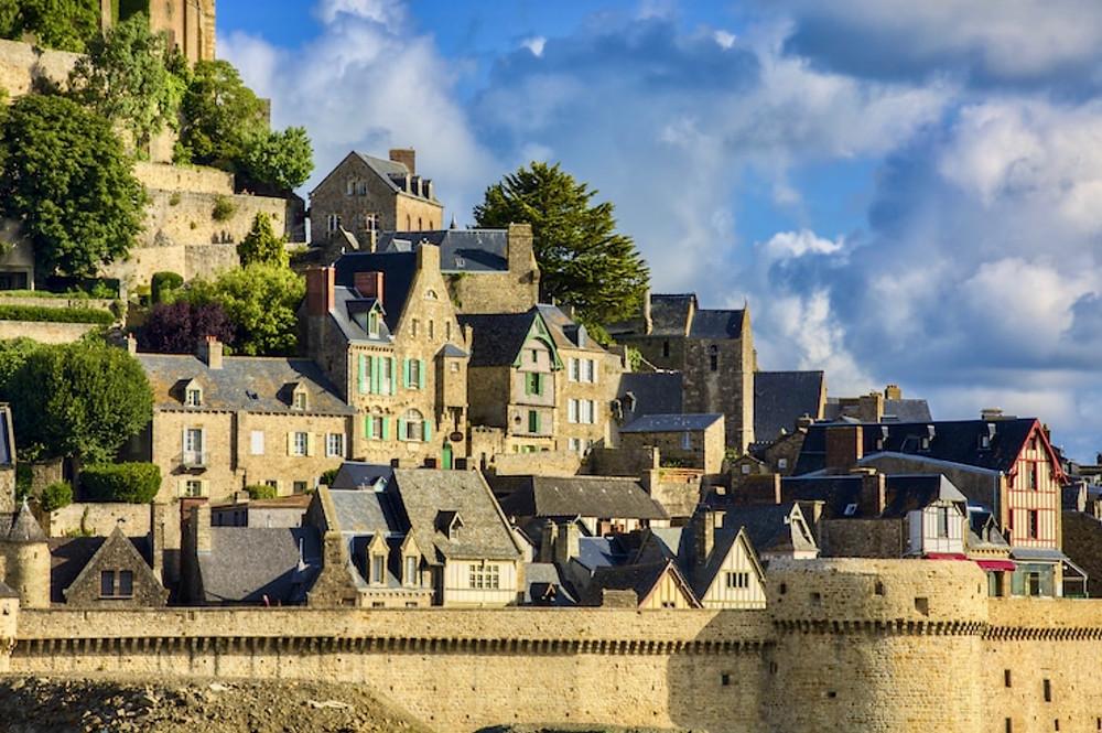 the picturesque village of Mont Saint-Michel