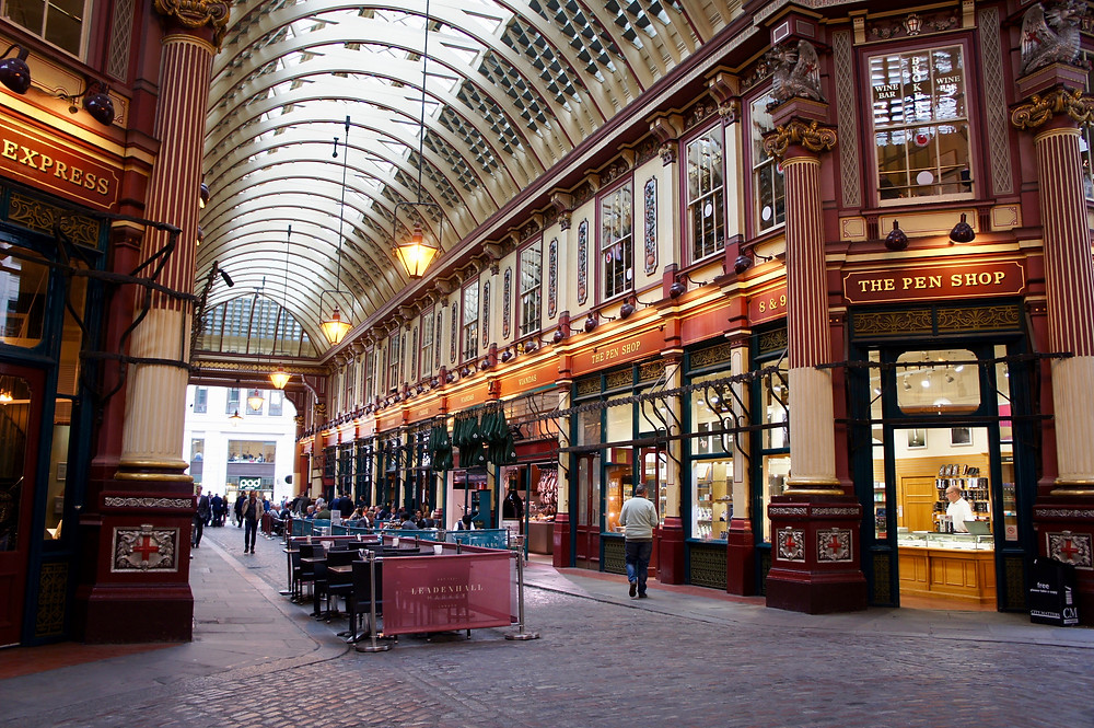 the Victorian covered Leadenhall Market on Gracechurch Street