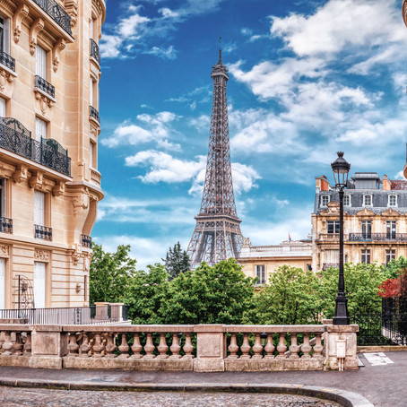 Travel to France Online: Guide To the Best DIY Virtual Tours of French Landmarks