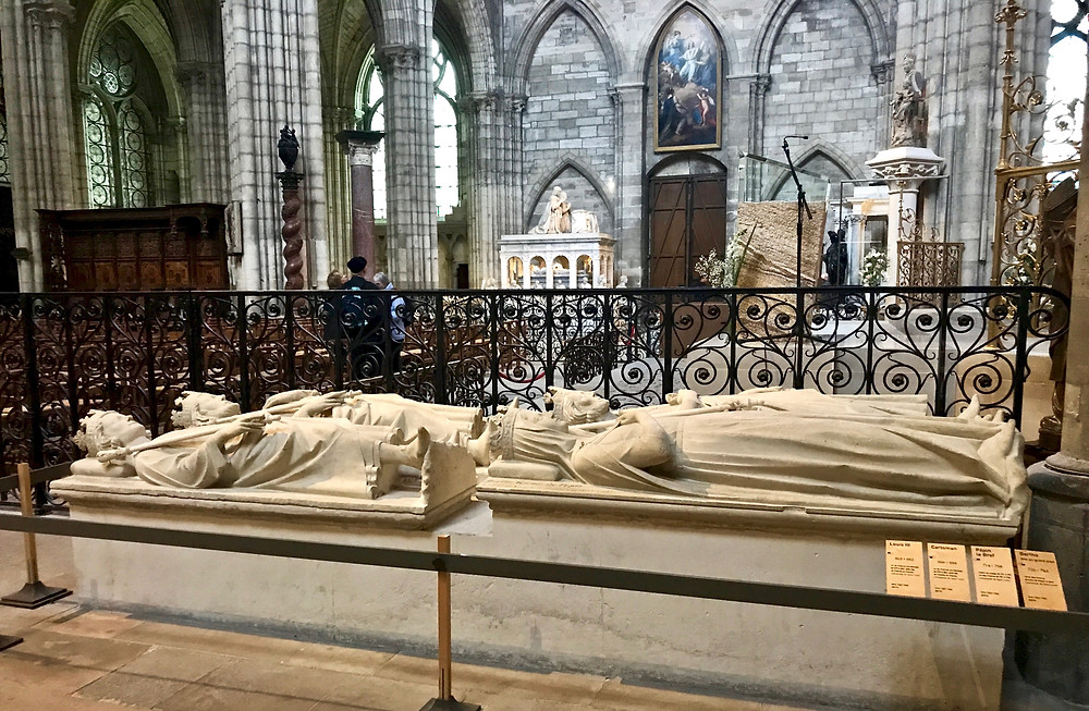 more recumbent effigies -- more recumbent effigies at Saint-Denis Basilica