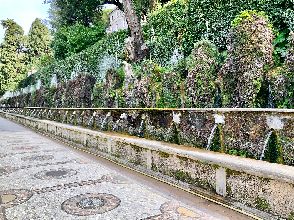 Avenue of the Hundred Fountains