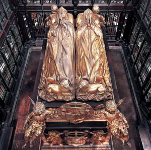 bronze effigies of Henry VII and Elizabeth of York