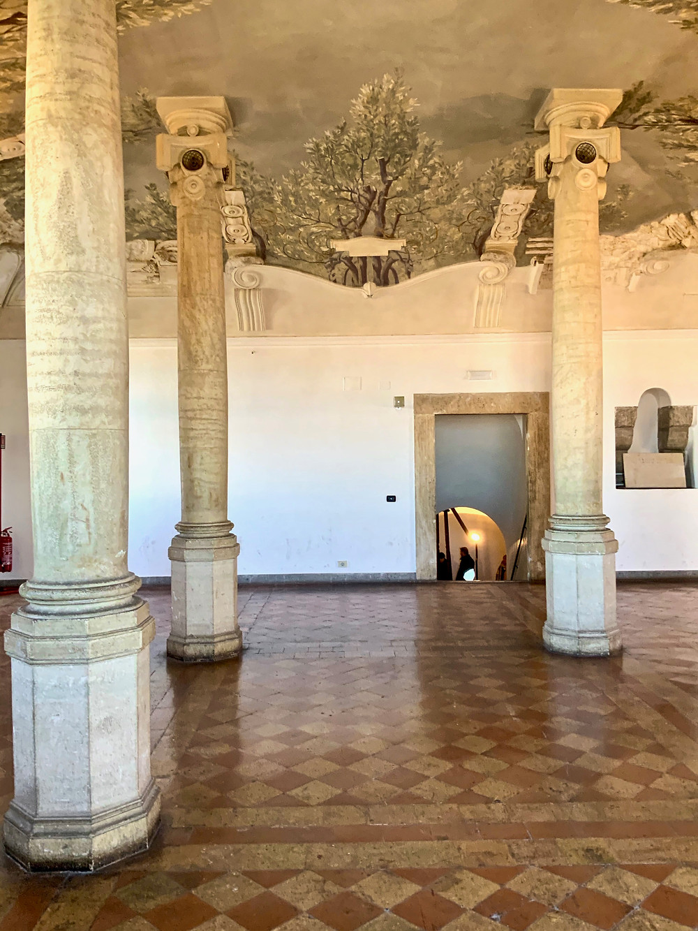 Hall of Columns in the Castle Sant'Angleo