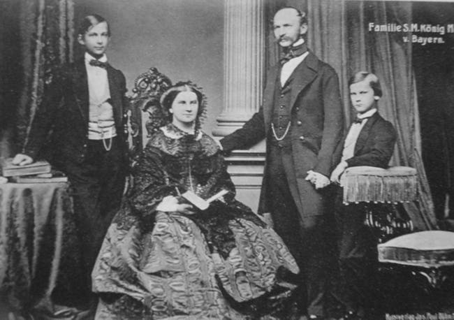 Prince Ludwig (left), his neglectful parents, and his schizophrenic brother Otto, who may have contracted syphillis as a child