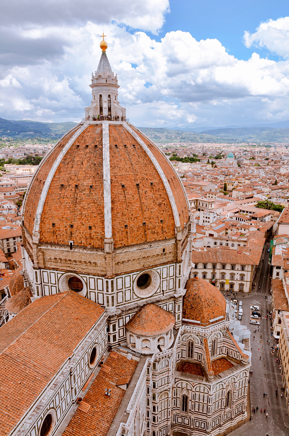 the iconic Brunelleschi dome of Florence cathedral