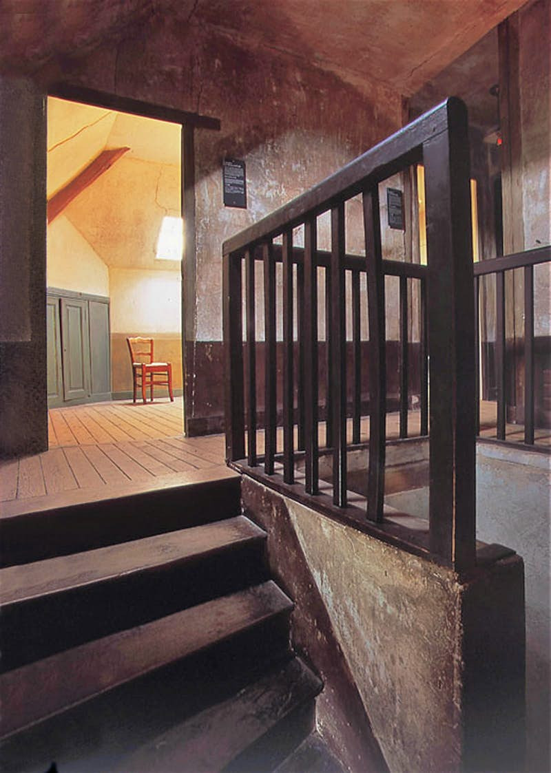 The simply furnished room at the Auberge Ravoux where Van Gogh stayed during his time at Auvers-sur-Oise. © Institut Van Gogh