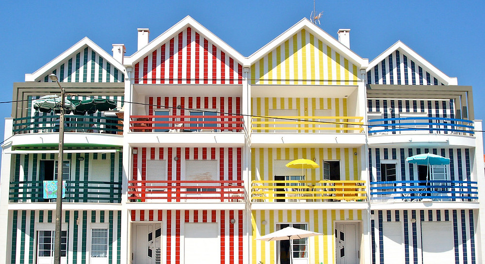 these pretty cottages are not in Aveiro