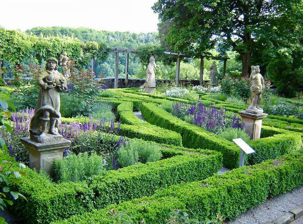 Burggarten. Image: Axel Magard, Flick