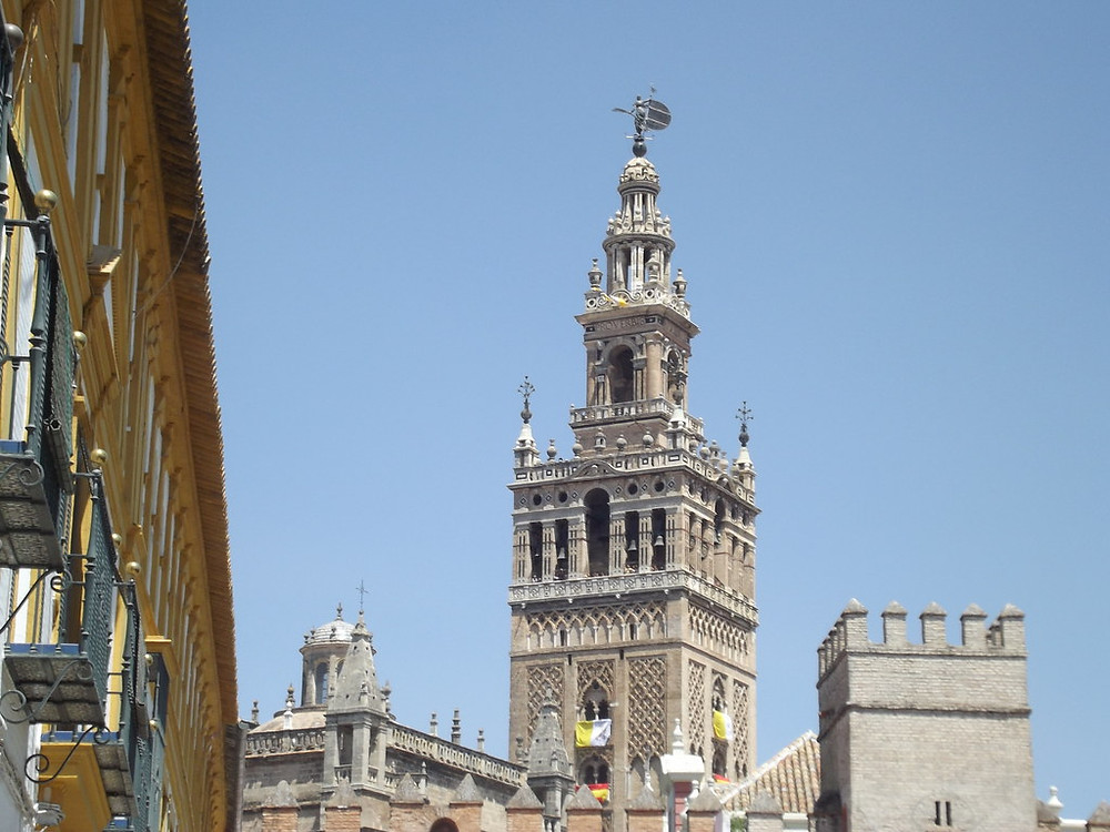 La Giralda bell tower, the symbol of Seville