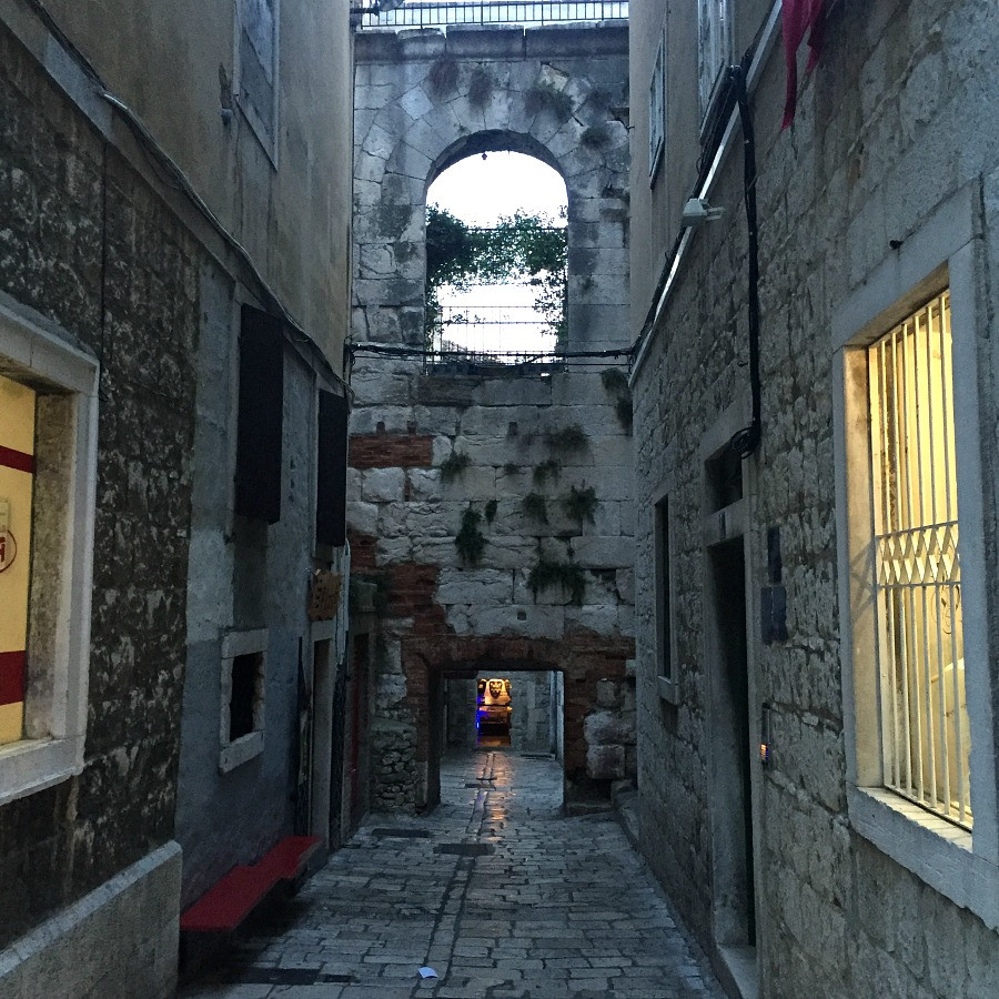 the narrow street in Diocletian's Palace that was the scene of a bloody battle on Game of Thrones