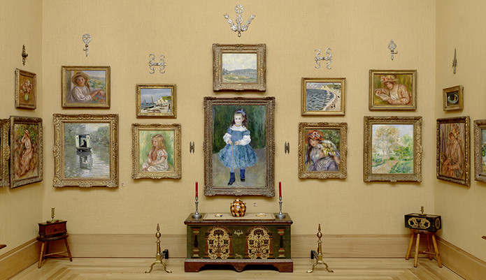 gallery full of Renoirs in the Barnes Foundation