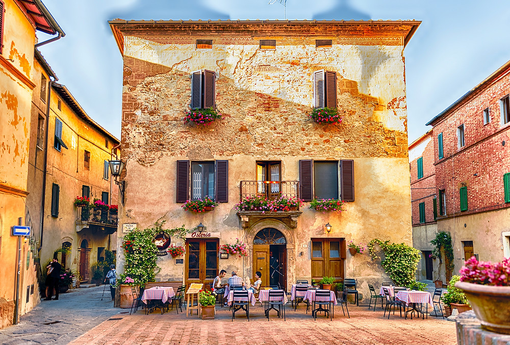 restaurant in the picturesque Piazza di Spagna