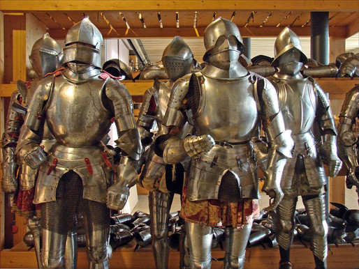 """Inside Les Invalides and the Army Museum: A """"Dudes"""" Museum in Paris"""