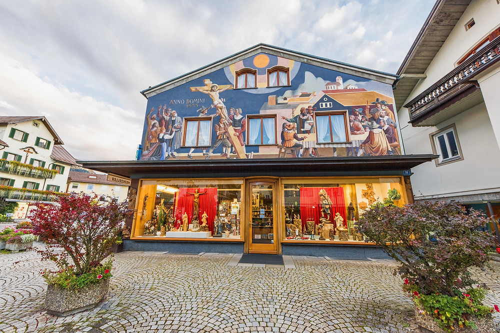 a colorful painted house in Oberammergau