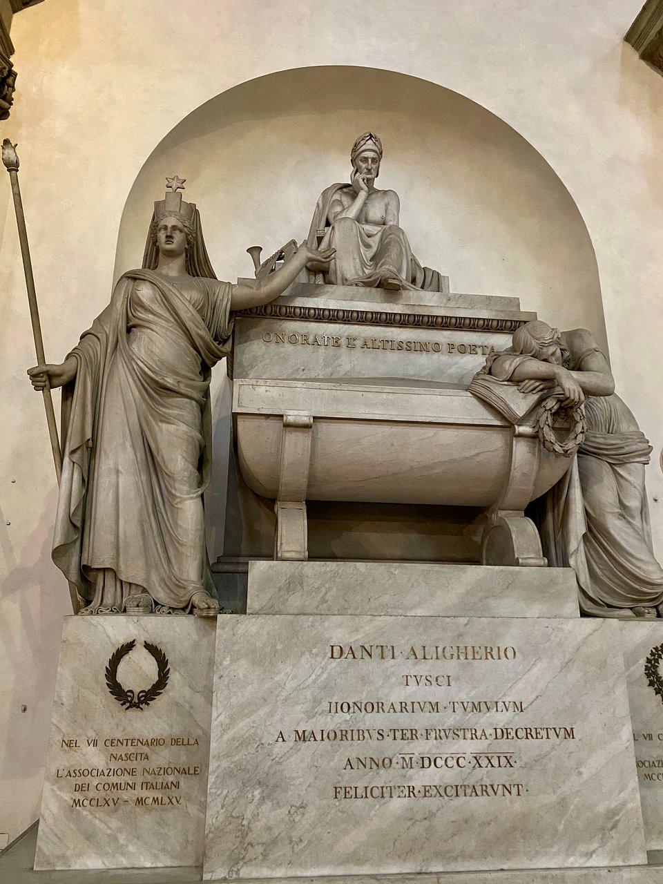 Dante's memorial in Santa Croce