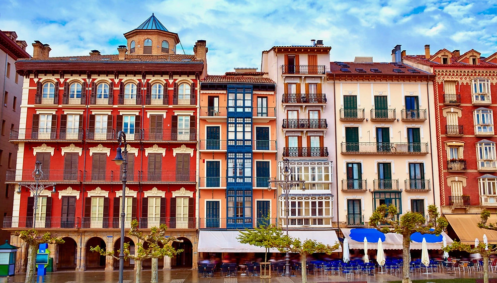 colorful houses in Pamplona's Plaza del Castillo