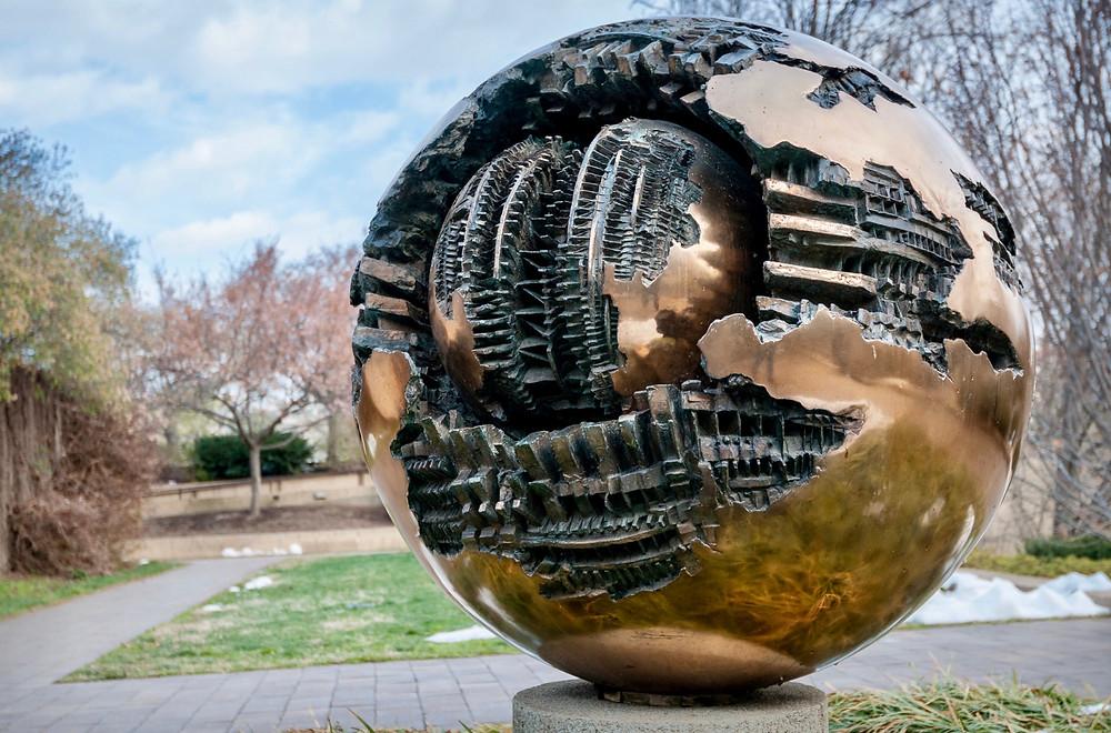 Arnaldo Pomodoro, Sphere No. 6, 1963-65