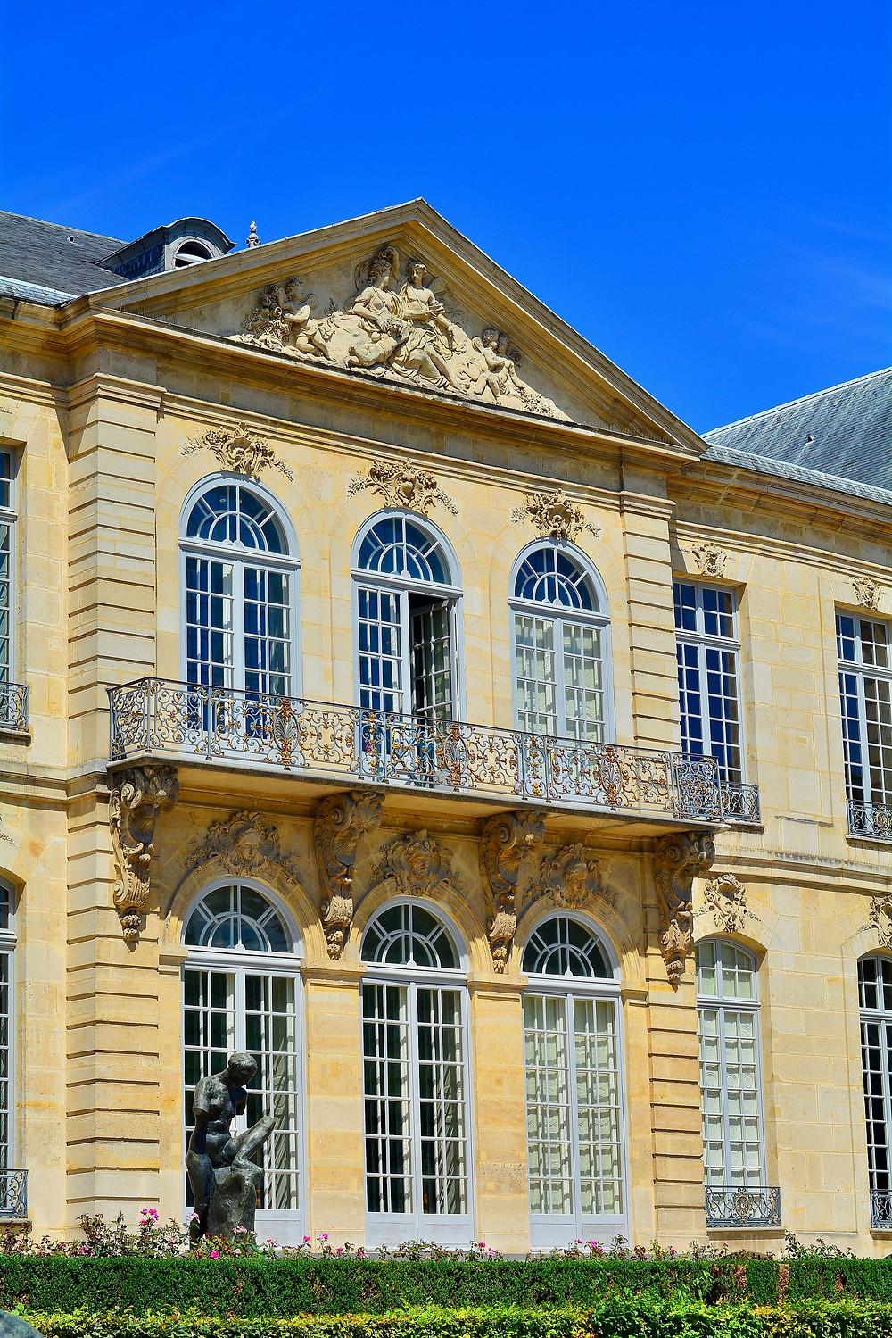 detail of the facade of the Hotel Biron, which houses the Rodin Museum