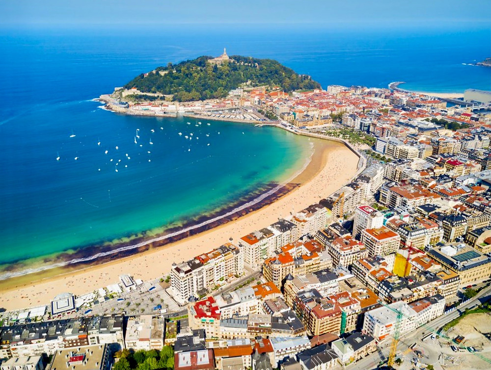 the resort town of San Sebastian