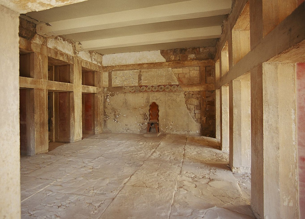interior of the Hall of the Double Axes, with Evan's reconstruction of a wooden throne