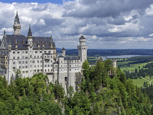 Guide to the Romantic Neuschwanstein Castle in Bavaria
