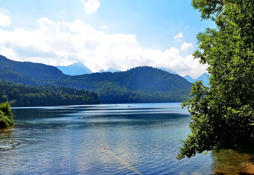 Lake Alpsee, the beautiful alpine setting of Hohenschwangau