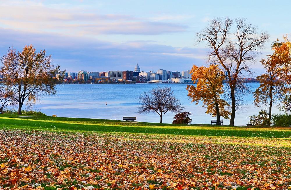 Madison cityscape from Olin city park across the Monona lake