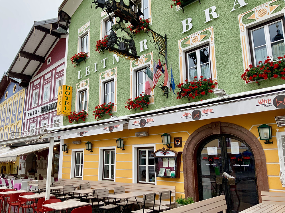 colorful houses in Mondsee Austria