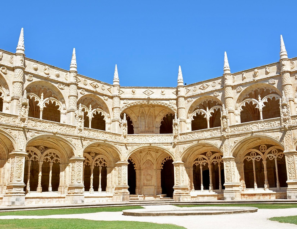 cloister of the beautiful Jeronimos Monastery