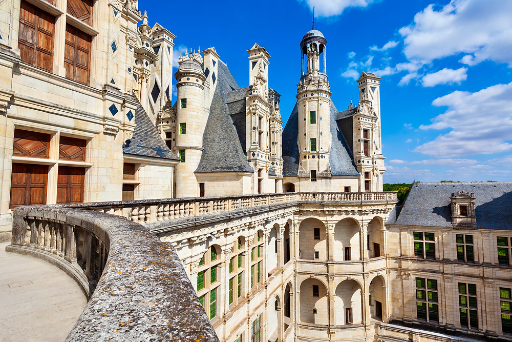iconic balcony of Chateau de Chambord