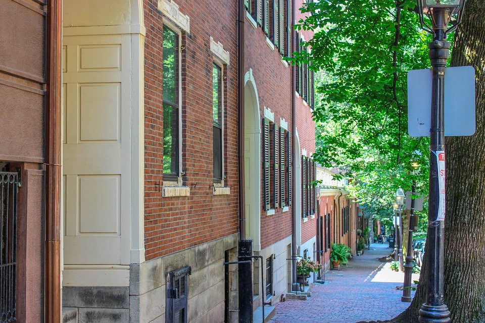 Temple Street on Beacon Hill, exclusive neighborhood in Boston