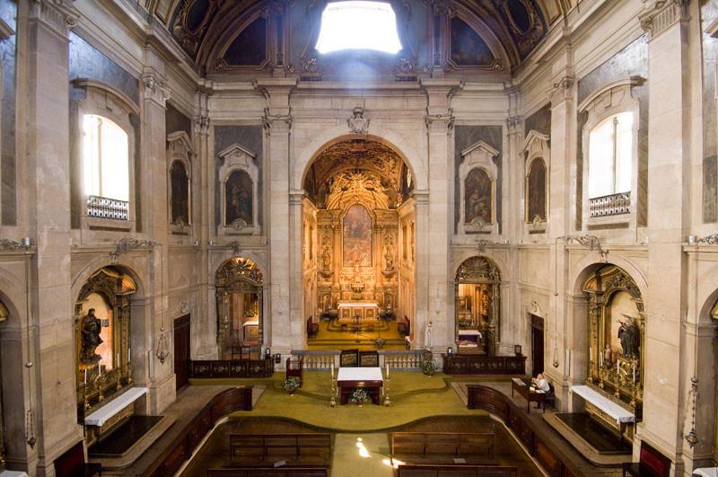 interior of Igreja da Madalena
