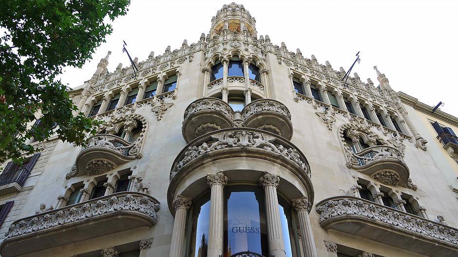 facade of Casa Lleó Morera