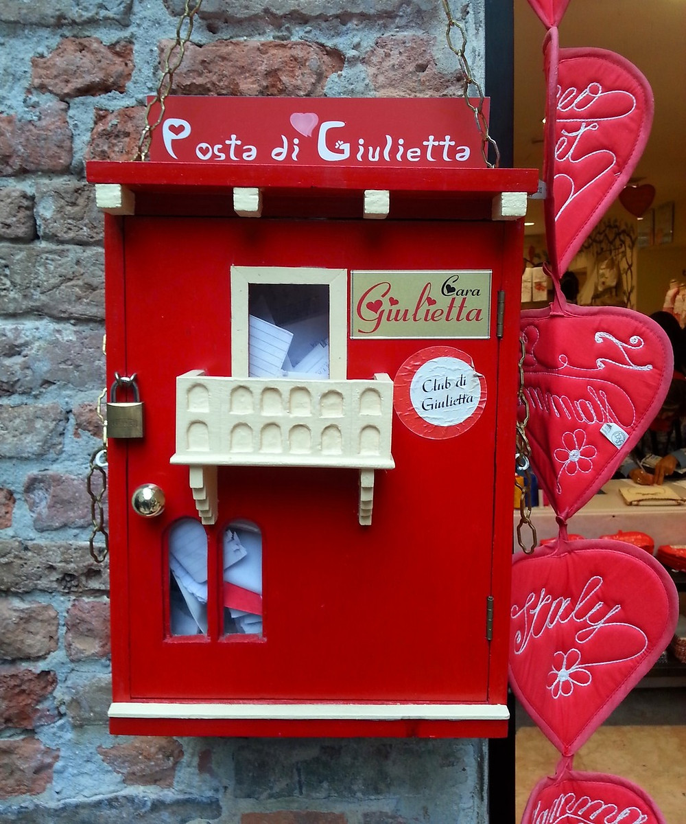 the red mailbox where you can leave a letter for the secretaries of Juliet
