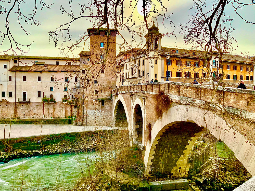 bridge leading from Trastevere to Isola Tibernia