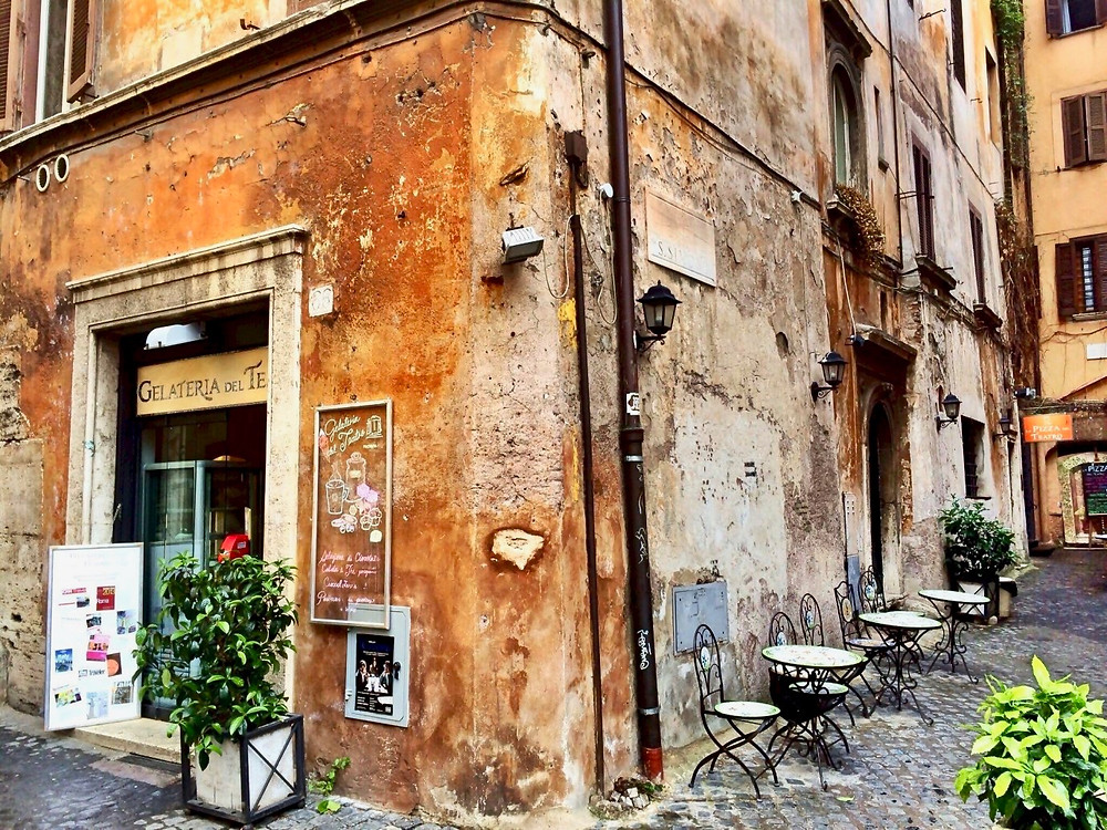 Gelateria del Teatro -- a great place for gelato and cannoli