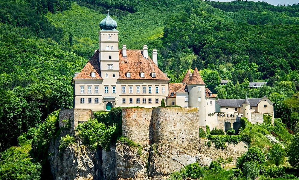 Schönbühel Castle.
