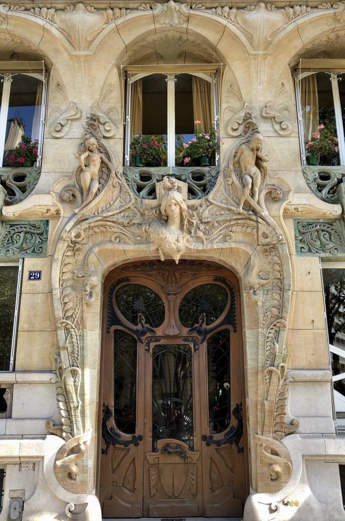 Art Nouveau door at 29 Avenue Rapp in Paris