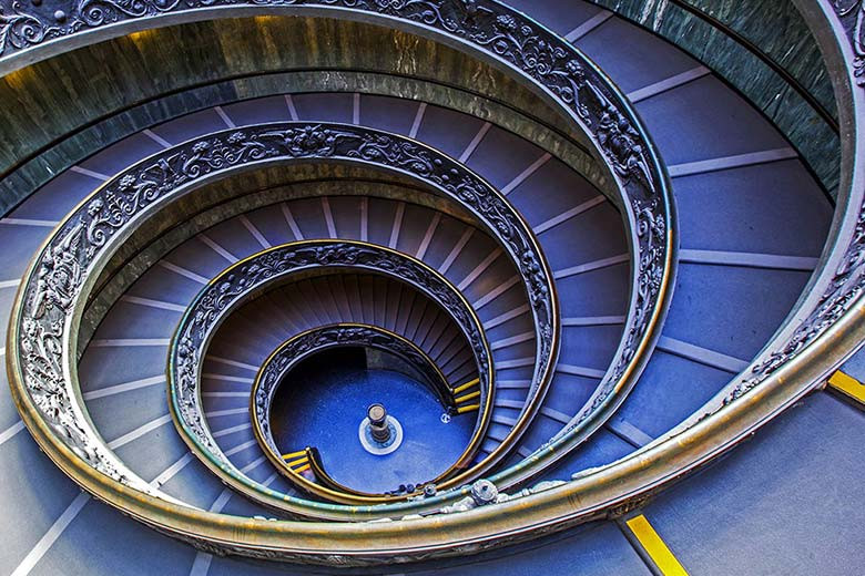 the famous double spiral staircase at the Vatican, designed by Giuseppe Momo