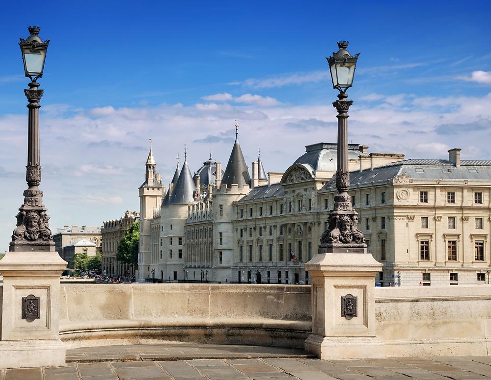 the Conciergerie, a hidden gem in Paris for history buffs