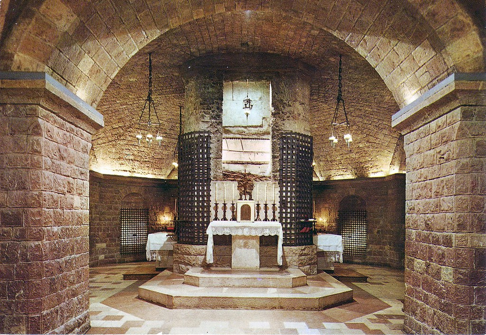 the tomb of St. Francis in the crypt below the lower basilica