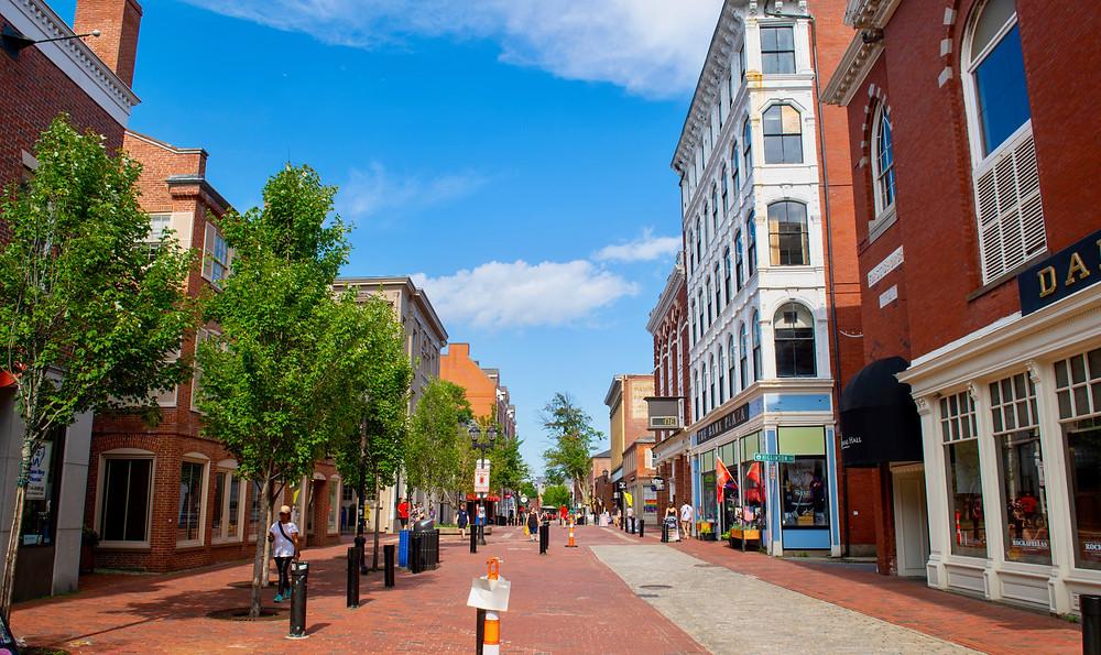 pedestrianized Essex Street in Salem