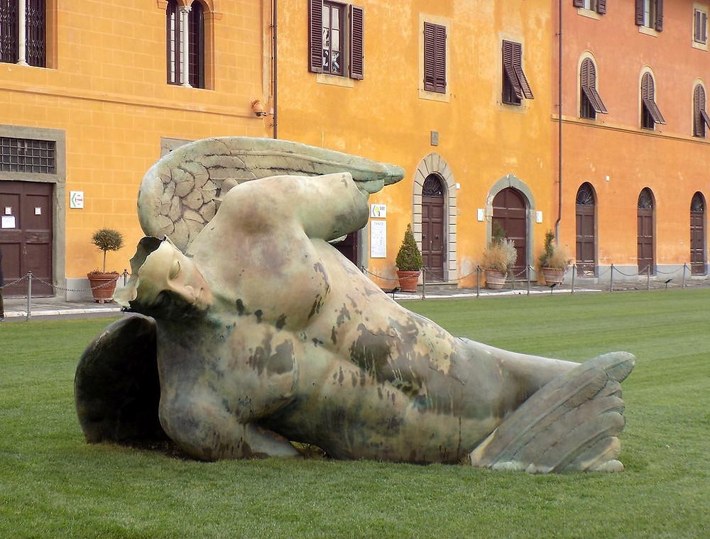 Fallen Angel statue on the Field of Miracles