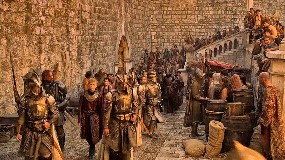 Joffrey strides through Pile Gate in Dubrovnik