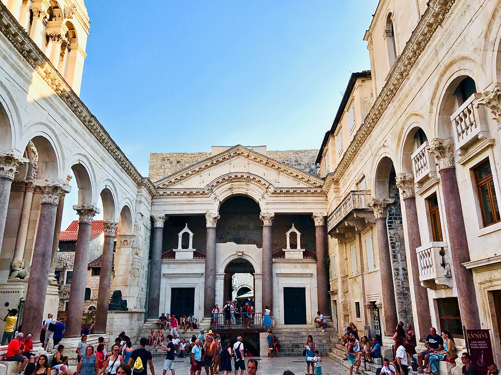 the colonnaded Peristyle of Diocletian's Palace