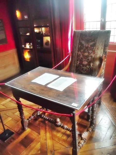 Balzac's writing desk and chair at the Maison de Balzac