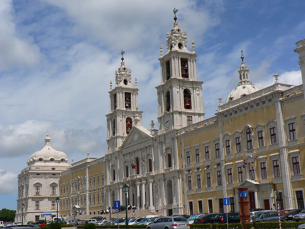 The Palace of Mafra, the model for the Basílica da Estrela