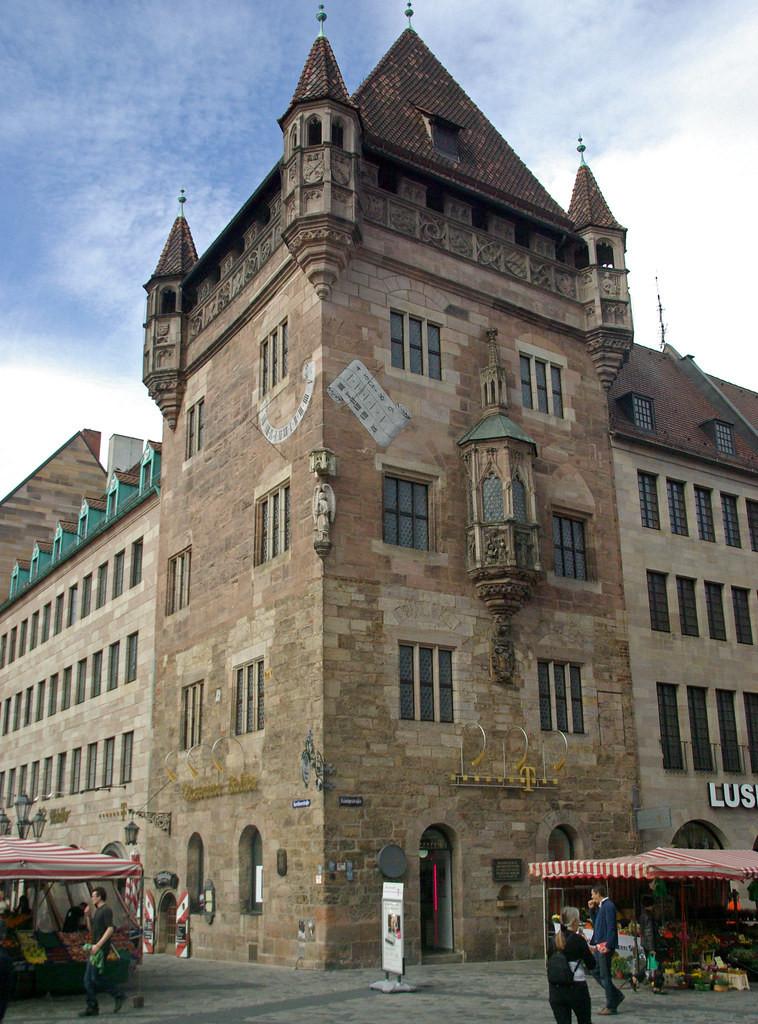 St. Lorenz Platz in Nuremberg